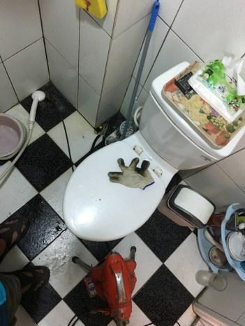 通浴室排水堵塞
