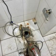 阿威通管行 永和區包通 通馬桶 電動通管機疏通糞管