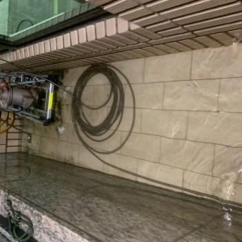 阿威通管行 2樓陽台排水孔總管堵塞