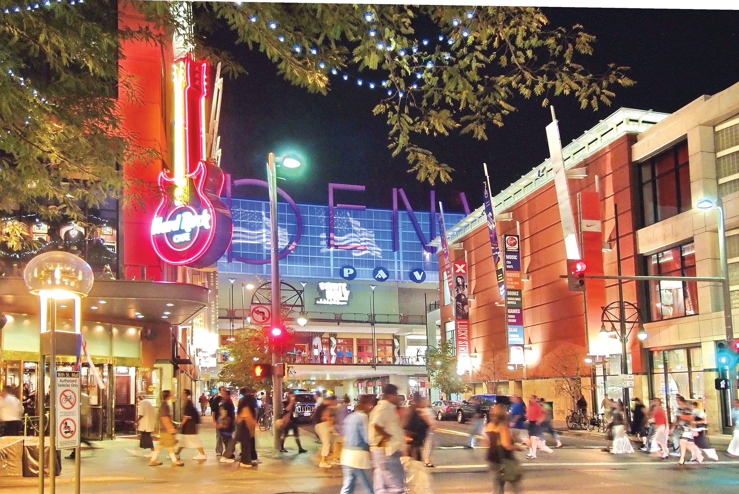 Denver Downtown Restaurants 16th Street Mall