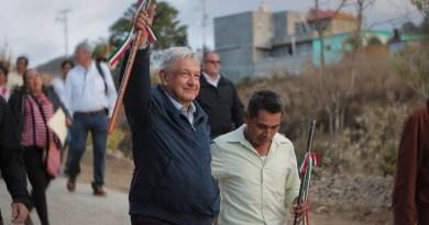 Reconoce a constructores del camino rural San Andrés Nuxiño