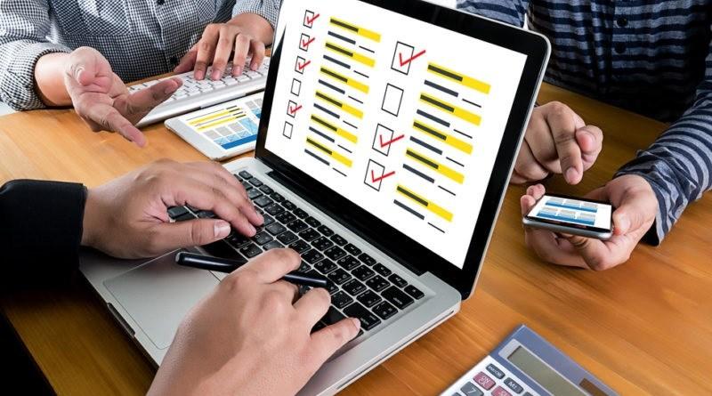 Entre encuestas, portales y redes digitales oportunistas; los candidatos buscan posicionarse.