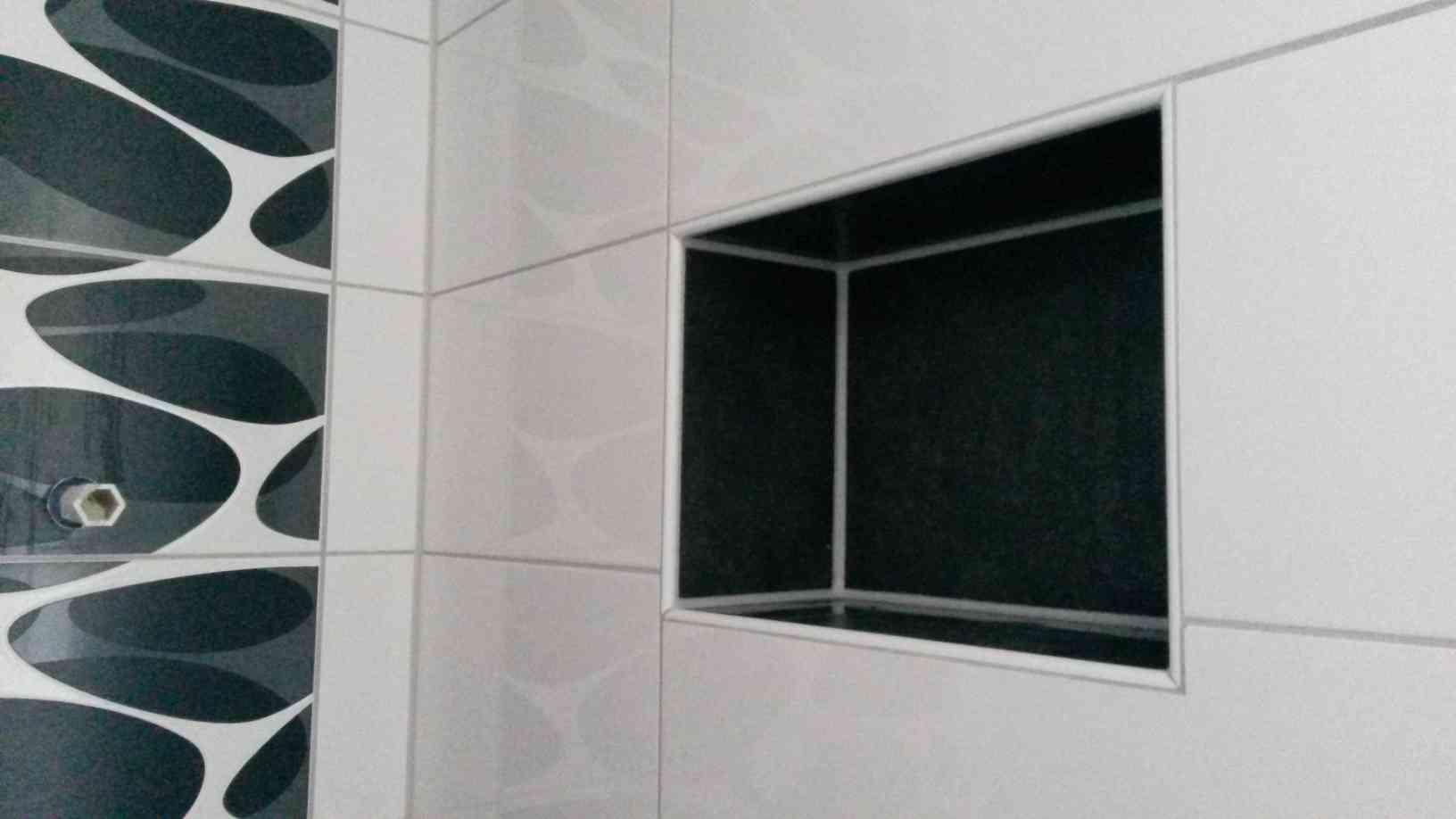 ablage dusche fliesen dusche mit sitzbank und ablage ostseesuche com. Black Bedroom Furniture Sets. Home Design Ideas