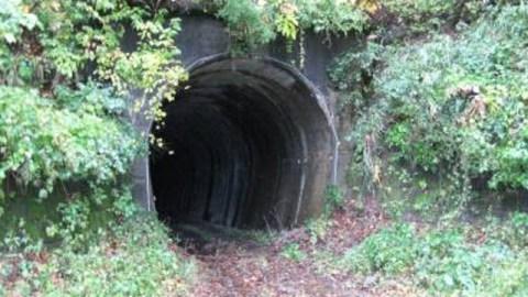 山の神トンネル 神奈川県厚木市七沢