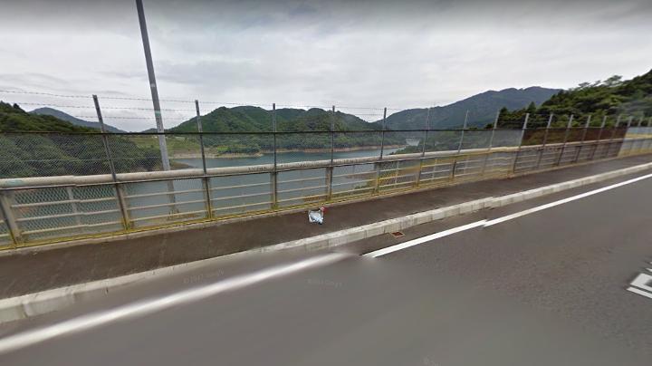 虹の大橋(にじのおおはし) 宮ヶ瀬ダム
