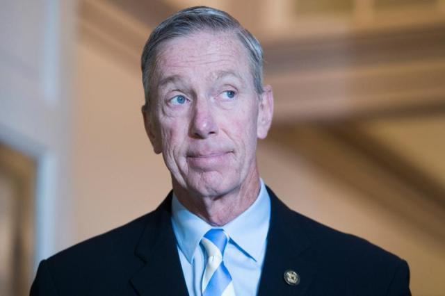 """国会议员斯蒂芬·林奇(Stephen Lynch)希望在OCC上支持类似""""沙盒""""的加密货币飞行员- 0x资讯"""