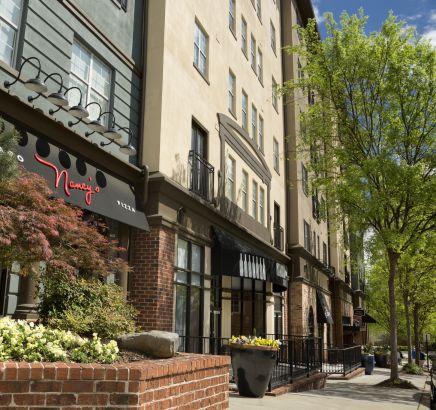crown molding for kitchen cabinets tops apartments rent in atlanta, ga - camden midtown atlanta