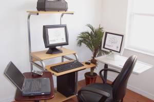 CUZZI STS5801E DeskTop  Laptop Tower Computer Desk