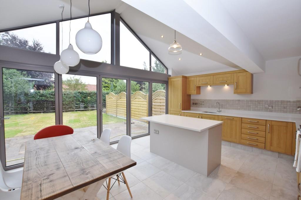 Property in Hawksworth Road, Screveton, NG13 8JP