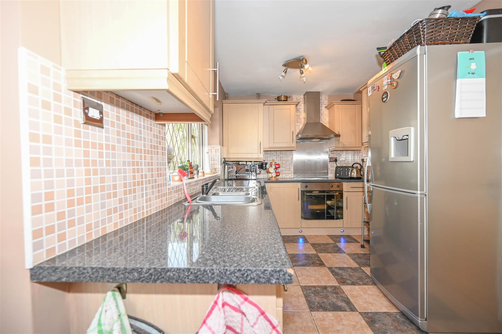Property In Old Mill Lane Macclesfield Cheshire Sk11 7pa