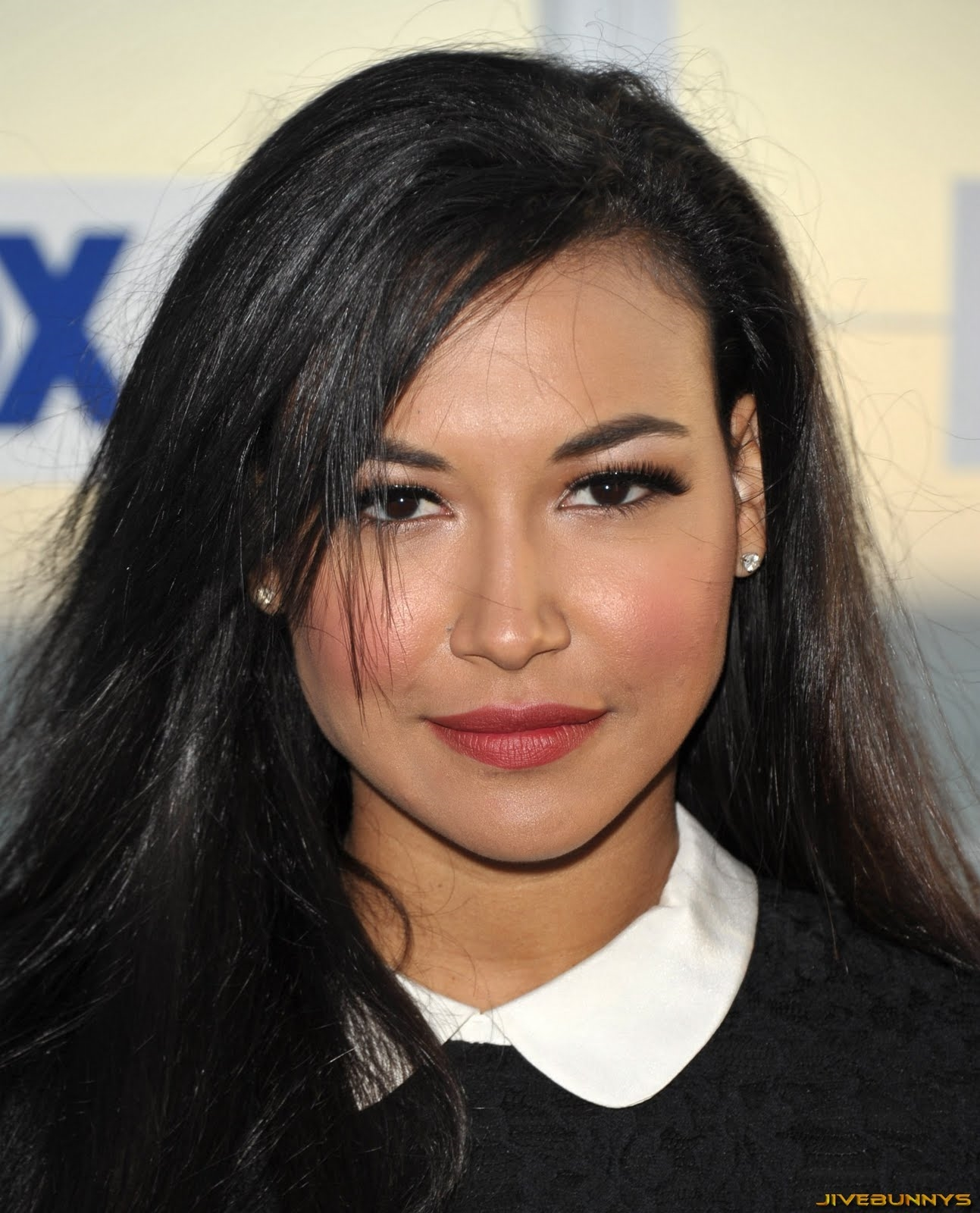 Naya Rivera street style looks review  Shopping Guide We