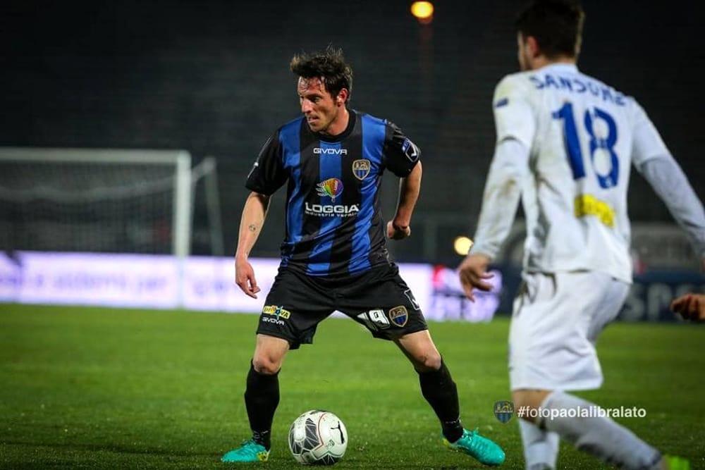 Risultati immagini per Pietro De Giorgio calciatore Latina