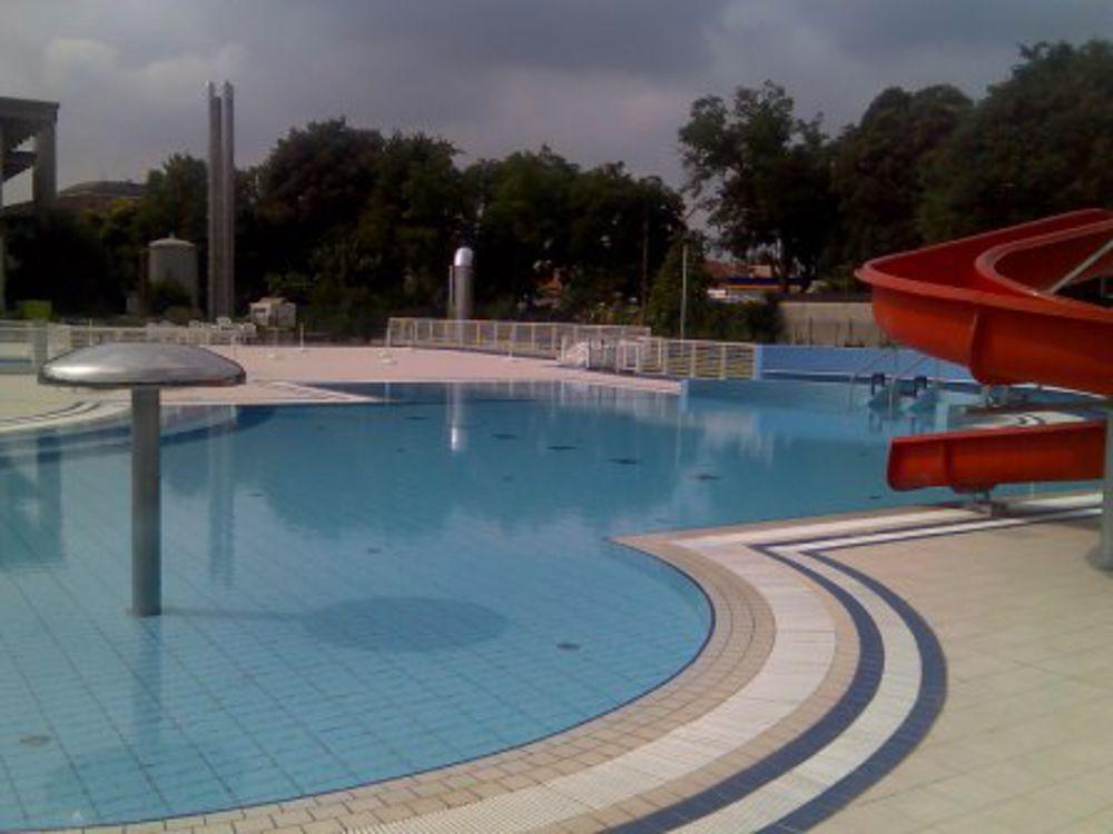 Estate in piscina le strutture a Udine e provincia