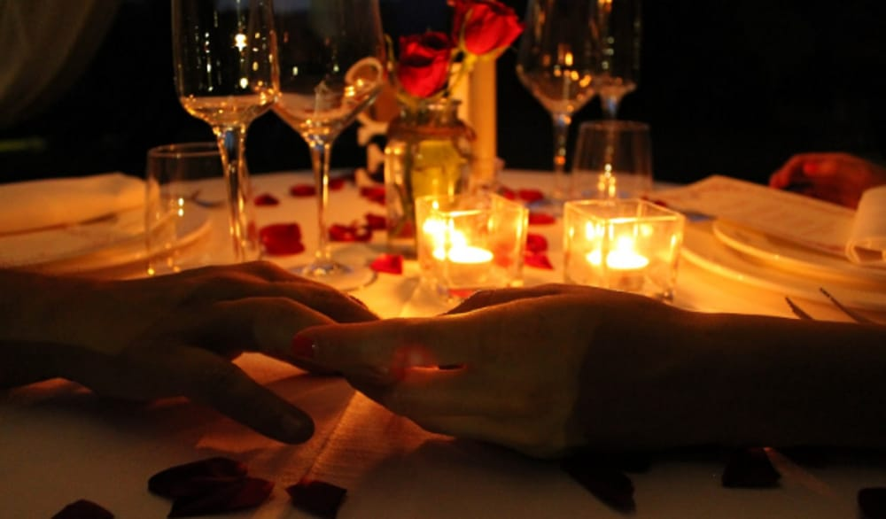 Risultati immagini per foto a lume di candela