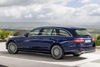 Bild 1 / 23 - Autos - Das neue Mercedes E-Klasse-T-Modell ...