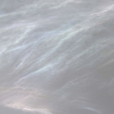 NASA's Curiosity rover photographs rare shimmering clouds on the Red Planet