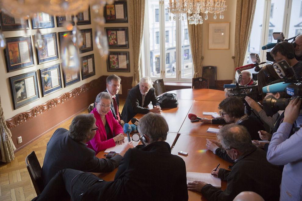 MEDIETRYKK: Nobelkomittens nye leder Karin Kullmann Five holdt sin første pressekonferanse på Nobelinstituttet tirsdag ettermiddag.