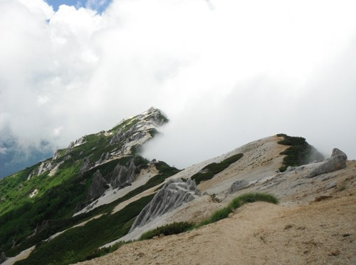日本二百名山「燕岳」(合戦尾根経由東沢周回)
