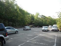 西沢無料市営駐車場