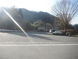 徳和バス停駐車場