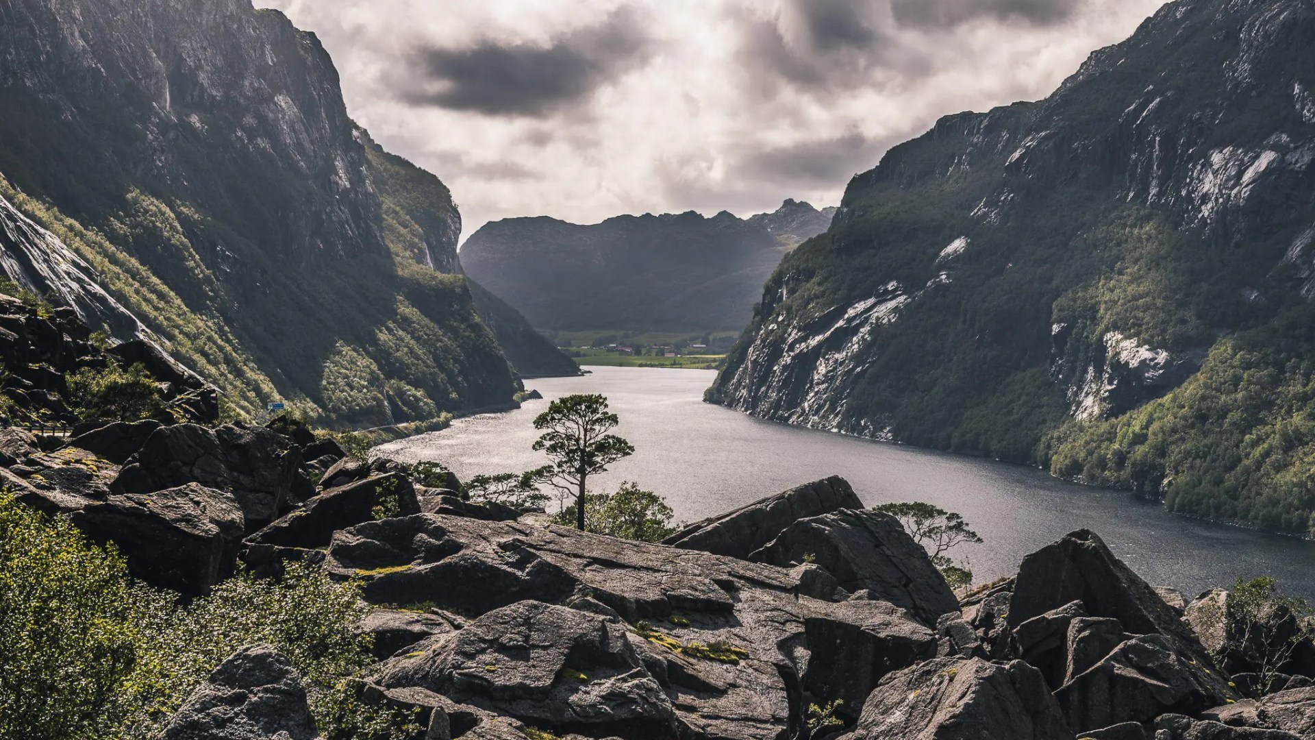 arctic, attraction, aurlandsfjord, aurlandsfjorden, bay, beautiful, beauty, blue, boat, cliff, climate, cloud, clouds, cloudy, coast, coastline, cold, cruise, deep, destination, dusk, europe, extreme, famous, fiords, fjord, fjordane, fjords, fog, forest, frost, frozen, geirangerfjord, glacial, glacier, global, green, gudvangen, hardanger, hill, ice, idyllic, lake, landmark, landscape, lysefjord, majestic, melt, melting, mountain, mountains, naeroyfjord, naeroyfjorden, natural, nature, nordic, north, northern, northland, norway, norwegian, outdoor, outdoors, panorama, panoramic, peak, polar, reflection, rock, scandinavia, scandinavian, scene, scenery, scenic, scenics, sea, sky, snow, snow-capped, sogn og fjordane, sognefjord, sognefjorden, svalbard, tour, tourism, travel, unesco, vacation, view, viking, village, vista, water, waterfall, white, wilderness, winter