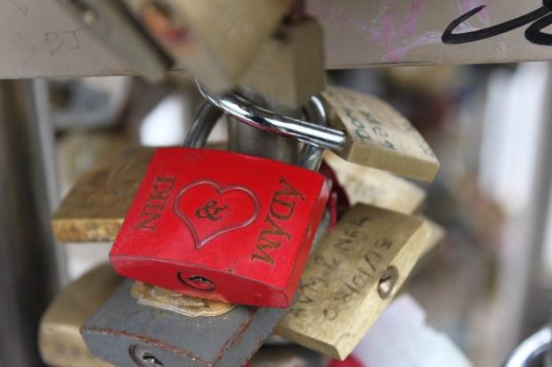 Lover's lock