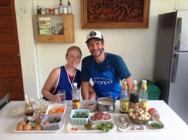 Couple's cooking school