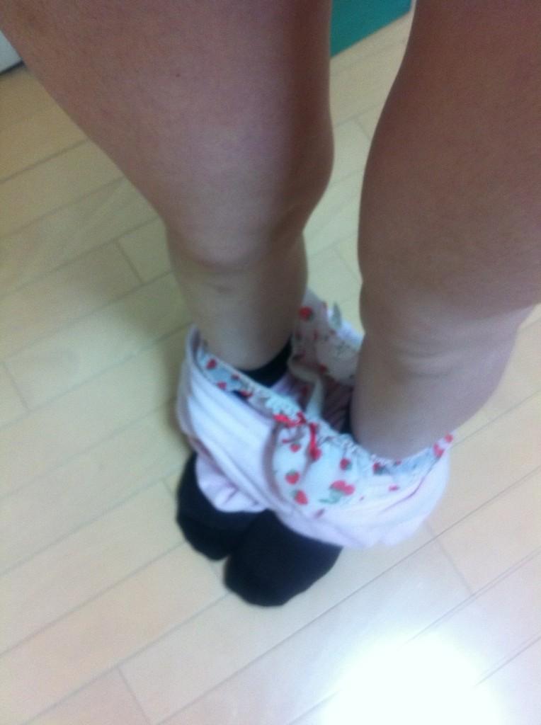 ลายกางเกงหวานๆ กางเกงในลายจุด กางเกงในลายสตอเบอรี่ ไม่ดูกูลบน่ะ ปั๊ดโธ่ 55