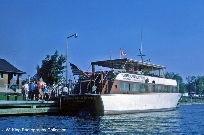 1000 Islands Tour Boats American Adonis - JWK Collection