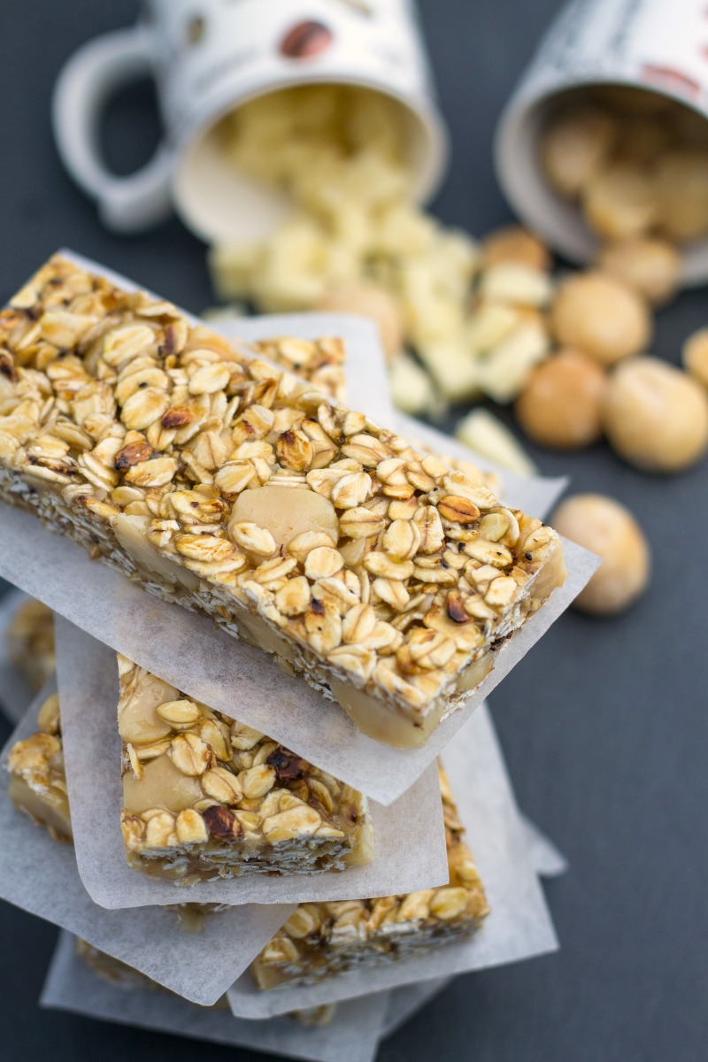 Macadamia Granola Bars-11