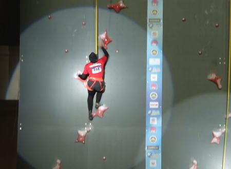 女子スピードクライミング世界記録の動画がやっぱり壁を登っているように見えないwww