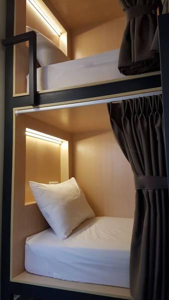 02 Deluxe 4-bed Dorm