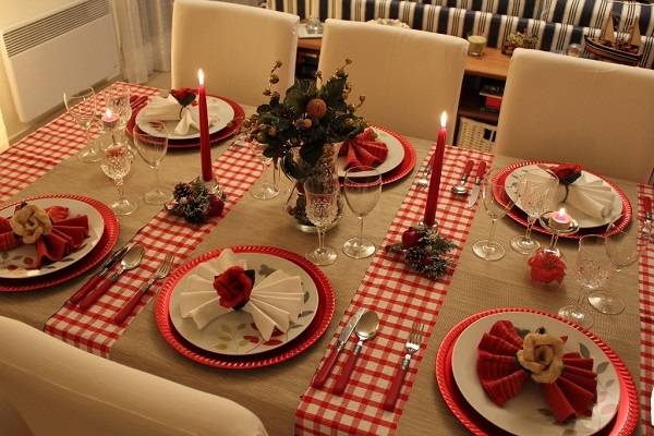mesa-decorada-de-natal