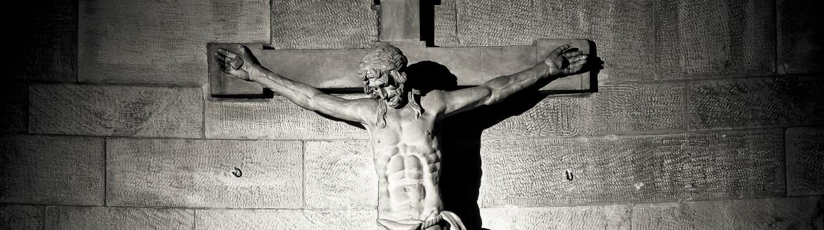 Est-ce que Jésus a vaincu la mort à la croix- ou à la résurrection ? Si c'est à la résurrection- pourquoi a-t-il dit : Tout est fini ? Donc- quand est-ce qu'il a écrasé Satan ? [Claudette]