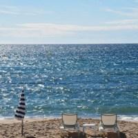 Corona und Urlaub: Reisen oder stornieren?