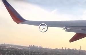 Aterrador! Drone choca e rasga asa de avião!