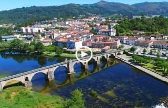 Encantadora Ponte da Barca (Ultra Alta Definição)