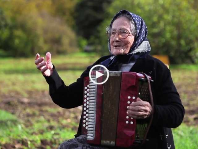 Show! A mais Velha Concertinista de Portugal!