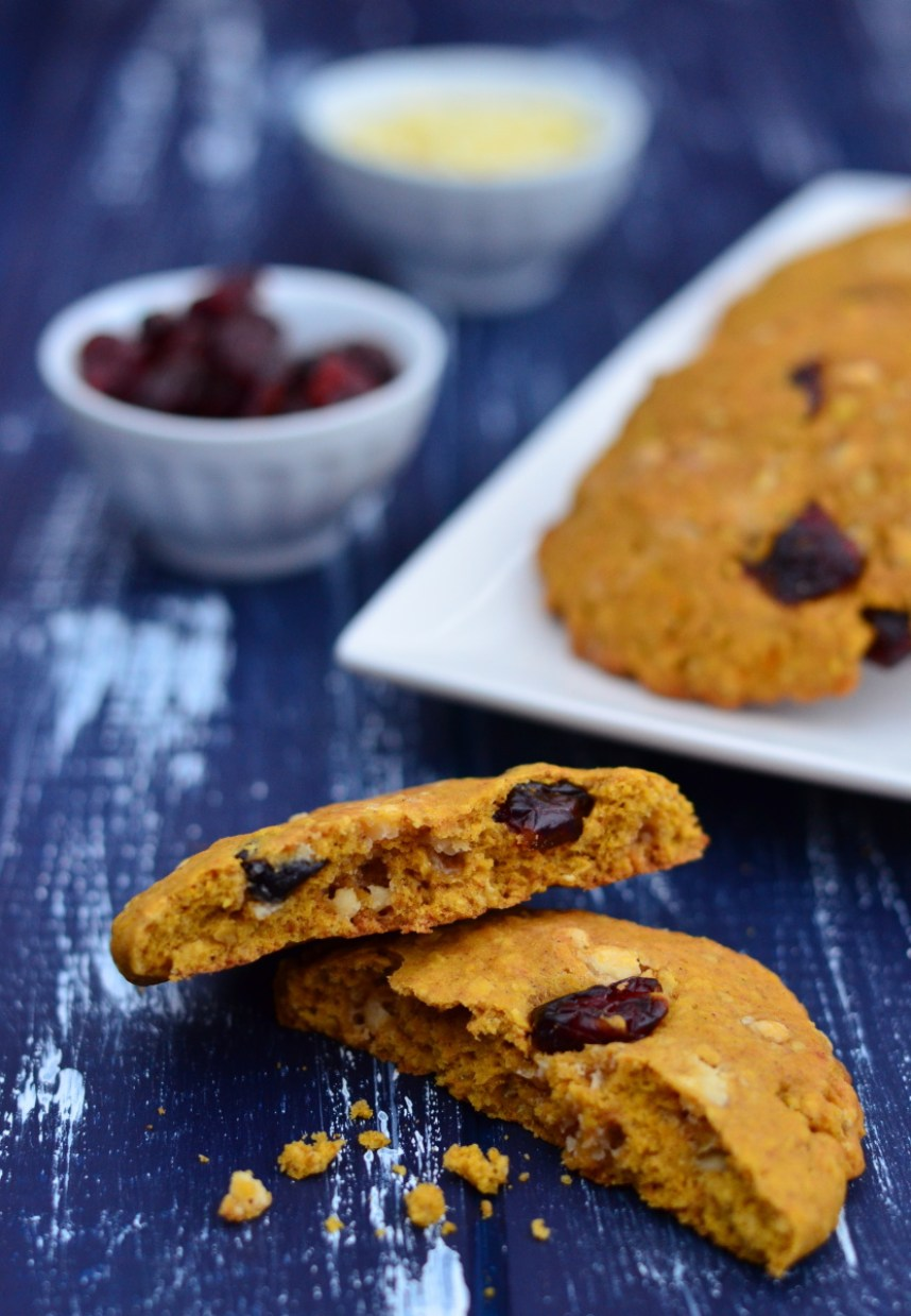 Soft and chewy pumpkin oatmeal cookies with white chocolate and cranberries melt in your mouth and have a nice autumn and winter smell thanks to spices used