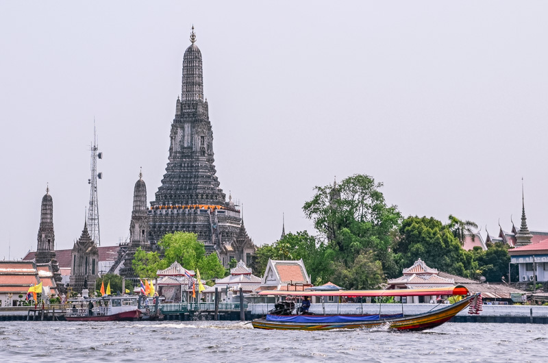 Planning to visit the Capital of Thailand? Here is a list of 10 things to see and do in Bangkok - make sure not to miss the best the city has to offer!