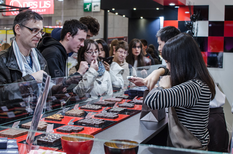 Le Salon du Chocolat in Paris is the world's largest event dedicated to chocolate and cocoa. Here is a small review of the 2016 edition.