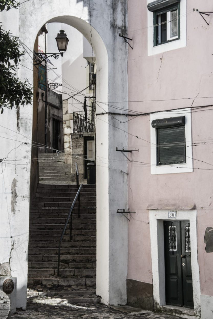 Let me show you my pictures of morning Alfama that I did with Lisbon Photo. Alfama is the oldest part of Lisbon, a hilly maze of narrow cobbled streets.
