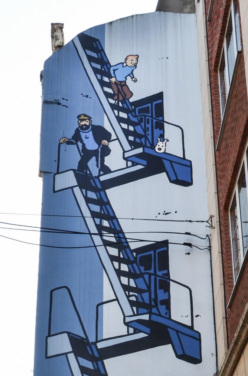 Bruselská komiksová trasa snadnou a zábavnou cestou, jak se dozvědět něco o slavných komiksech a jejich hrdinech, a zároveň prozkoumat centrum Bruselu.