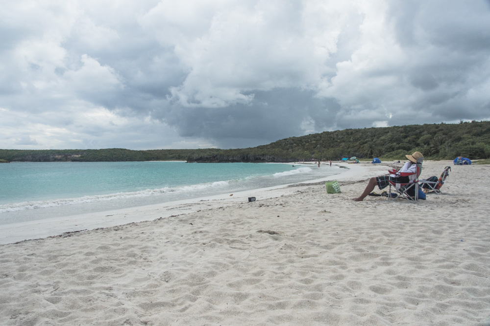 If you want to escape the mainland of Puerto Rico and enjoy some rest on calm and wild beaches, meet wild horses, do kayaking in the brightest bioluminescent bay in the world, then you may find your happiness on Vieques Island! Here are some practical and beach tips.