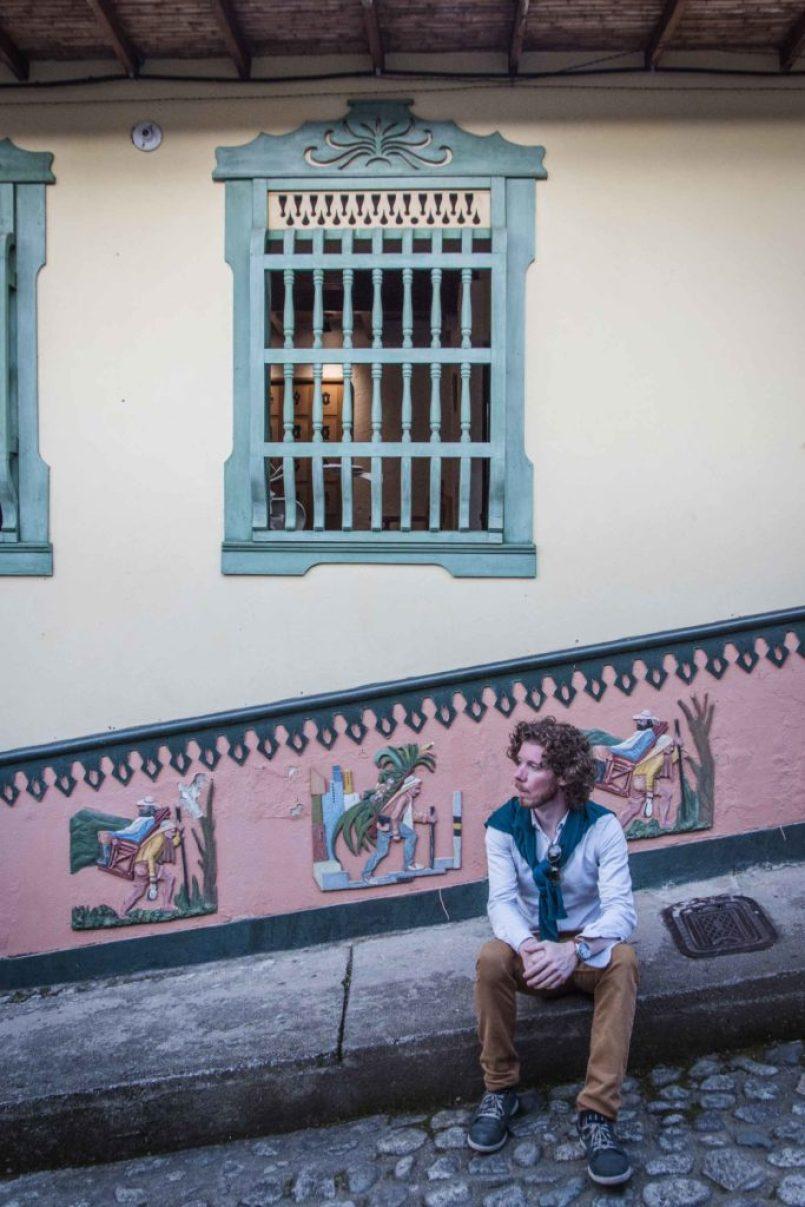 Medellín, město věčného jara, kdysi nejnebezpečnější místo a dnes jedno z nejinovativnějších měst na planetě. Tady je pár tipů na to, co tu vidět a dělat.