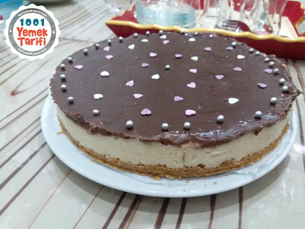 Çikolata Kaplı Cheesecake Tarifi