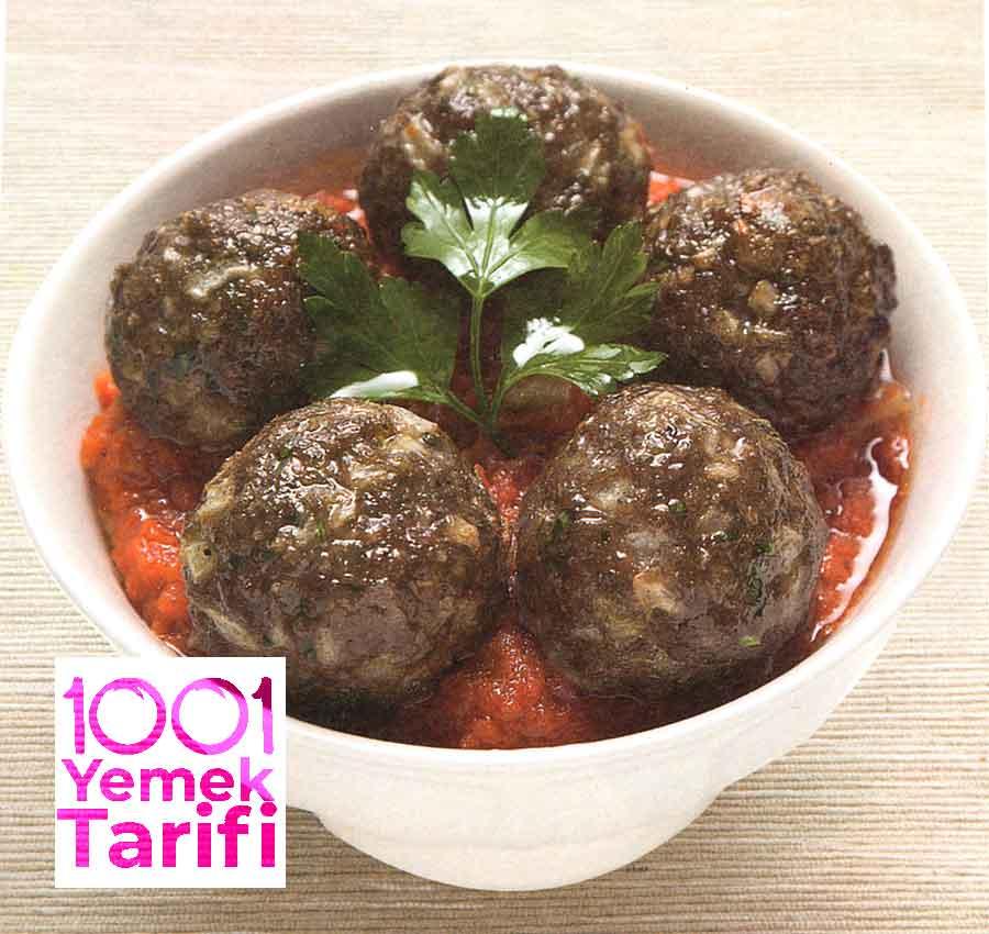 Nefis-Kayseri-Koftesi-Tarifi-Domates-Soslu-Kayseri-Koftesi-Yapimi-kac-kalori-resimli-yemek-tarifleri-1001yemektarifi