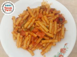 Sebzeli Makarna Tarifi-nasıl yapılır-kaç kalori-püf noktası