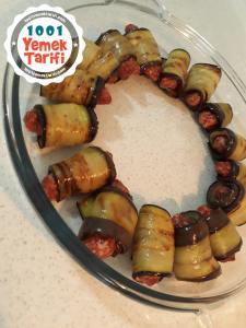 Köfteli Patlıcan Sarma Yemeği Tarifi