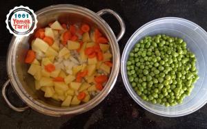 Sebzeli Bezelye Yemeği Tarifi-nasıl yapılır-kolay yapımı